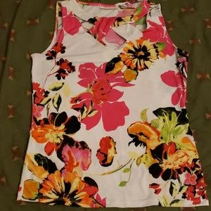 New York & Company flowered top